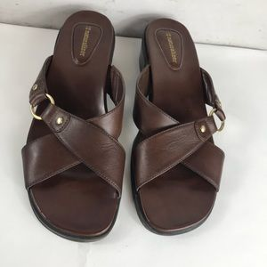 Naturalizer Brown Leather Slip on Sandals Size 10M